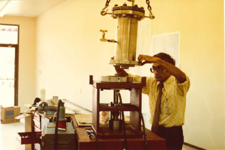 In this 1981 photo of our storefront-based testing lab, Dr. Kalsi is installing the pressure vessel portion of our first rotary seal test fixture. The fixture remains in service to the present day, and has gone through numerous adaptations over the years to simulate a variety of operating conditions.