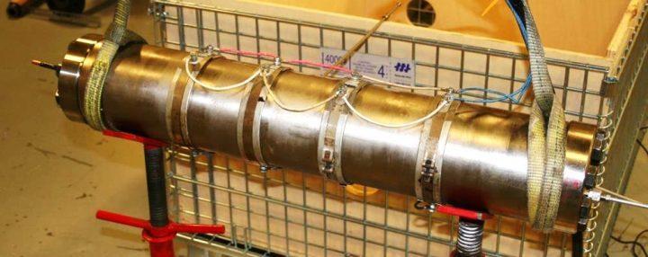 High pressure, high temperature autoclave